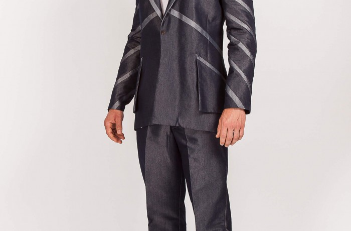 CAPRI Style 715 ..Irridescent denim 2tone/Diagonal banded sleeves