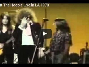 Mott The Hoople – Wearing Malcolm Hall – Live in LA 1973